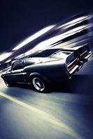 Ford-Shelby-Mustang-1967-in-corsa-su-strada